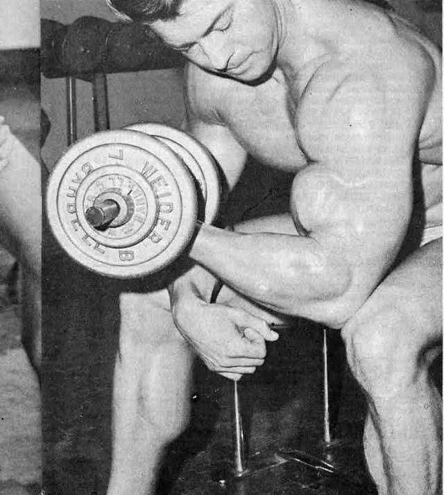 Бицепс 54 см без стероидов. Программа Ларри Скотта