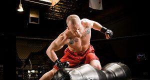 Силовой тренинг с гантелями для бойцов ММА