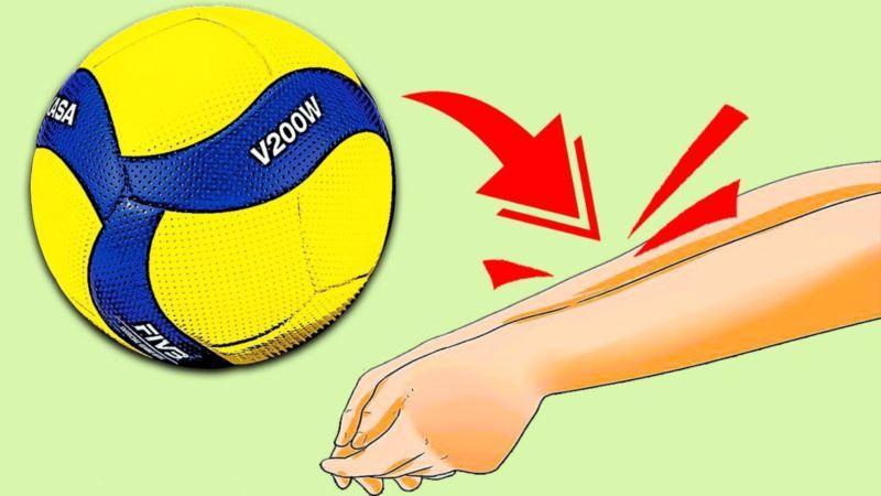 Прием мяча снизу в волейболе
